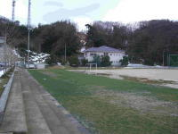 2009.1.19 鳥取市での芝生化の視察にて真冬のこの時期にこの芝生鳥取方式と呼ばれる芝生の育成ぜひ貝塚でもと、決意を新たにする