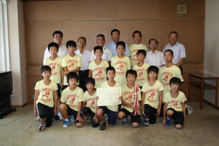 2010.8.27 貝塚スポーツ少年団貝塚バーディーズ近畿大会で見事優勝