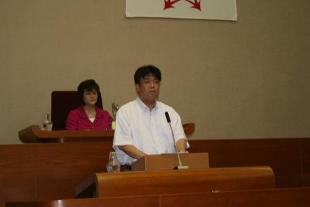 2011.6.10 約1年ぶりに本会議場にて一般質問を行いました。