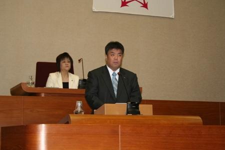 2011.11.30  第4回定例会本会議にて一般質問をおこないました