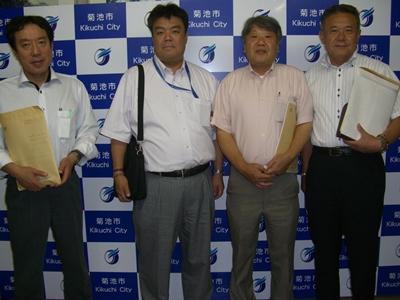 2012.8.8  熊本県菊池市にて「交通コミュニティ対策」についてレクチャーを受ける