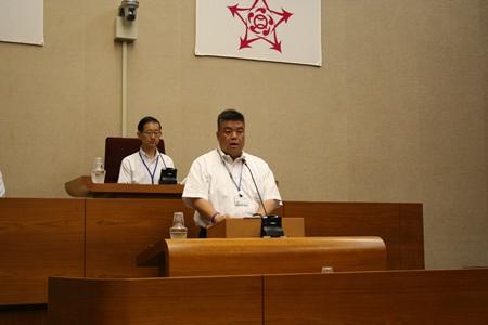 2015.6.19 第2回定例会第2日において議会運営委員長として「意見書」を提案する南野市議