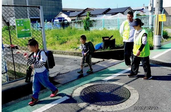 2019.5.17 子どもの登校「安全見守り隊」の取り組みへ参加